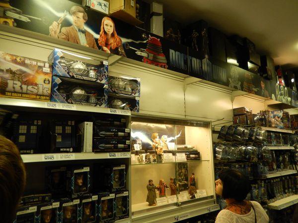 """Die Doctor-Who-Abteilung im """"Forbidden Planet"""""""